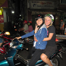 Hanoi Night Foodie Adventure